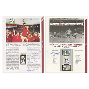 1966 World Cup Winners - Signatures Bobby Moore, Alf Ramsey, Geoff Hurst & Martin Peters